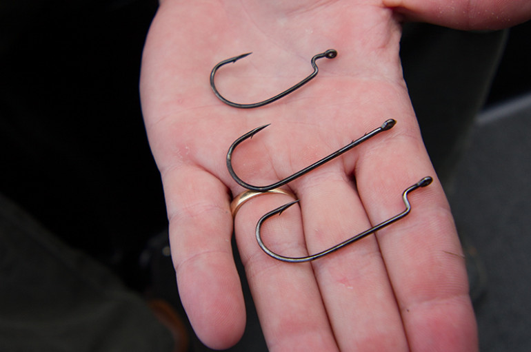 Soft Plastics – Which Hooks Style is Best?