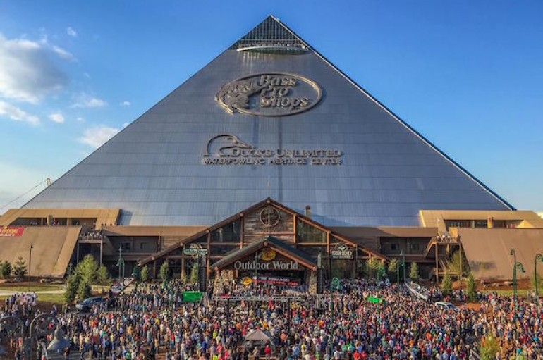 Bass Pro Shops Moving Ahead with Cabela's Purchase
